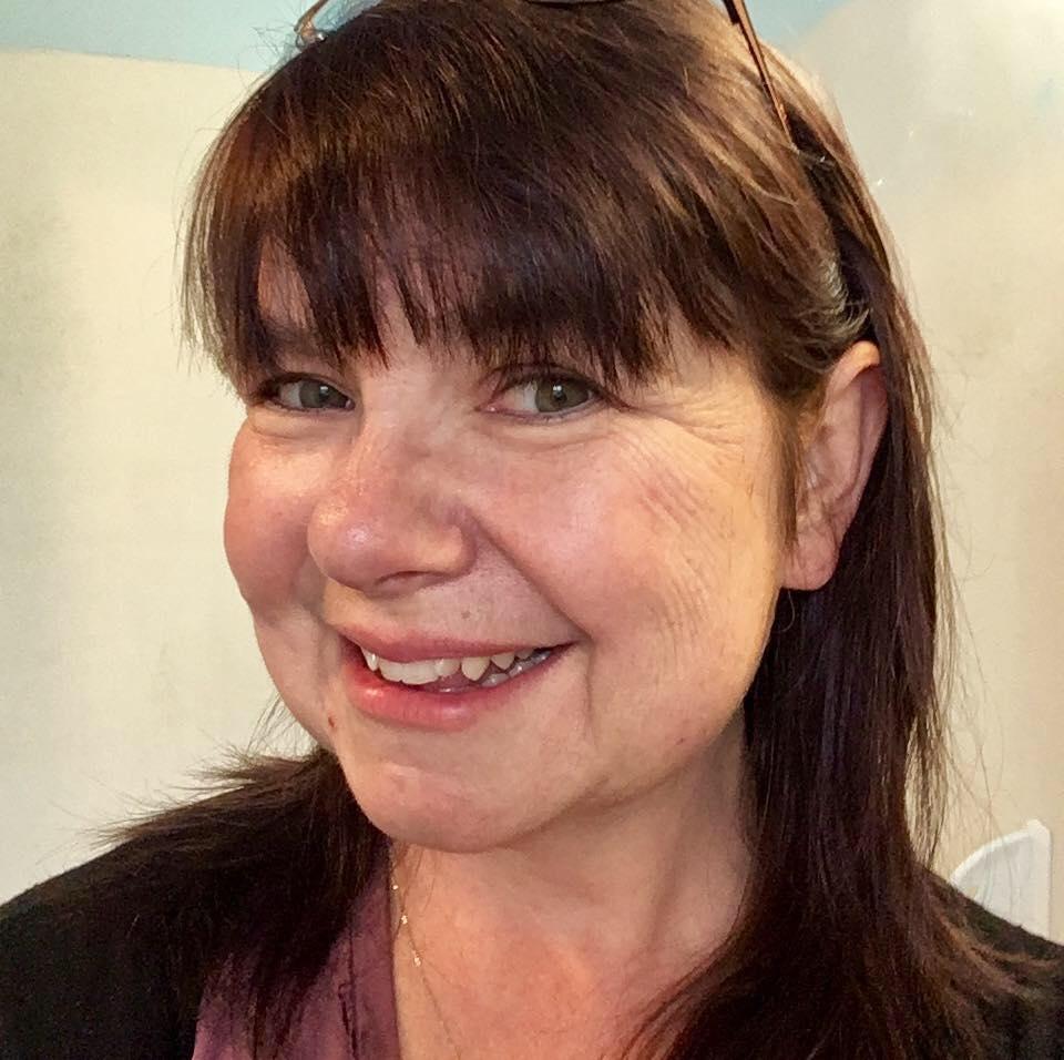Stephanie Bergeron headshot .jpg